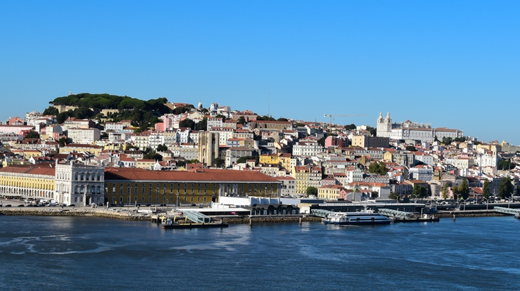 Panoramic-view-of-Lisbon-Portugal.jpg