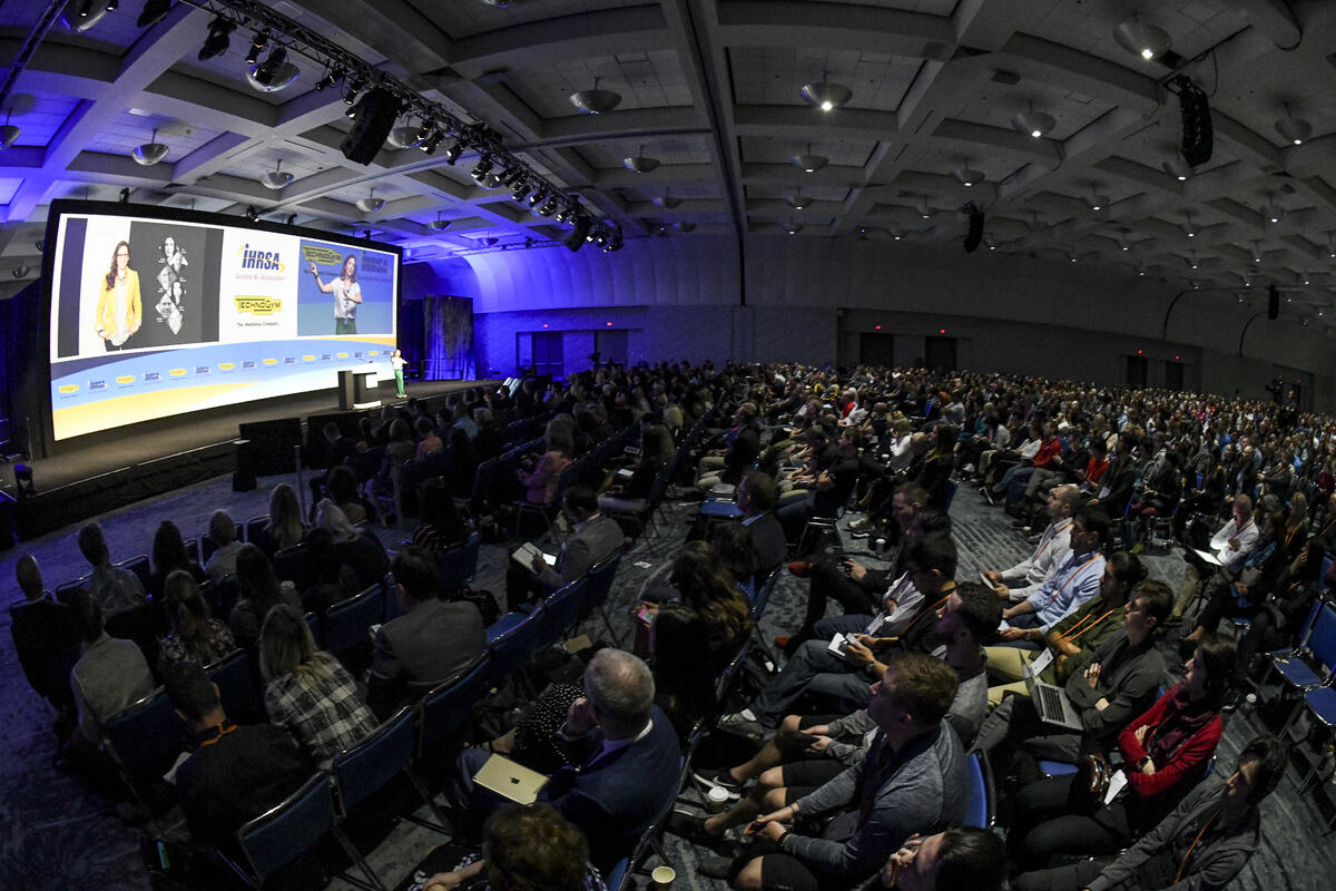 IHRSA2018_Keynote Session_room.jpg