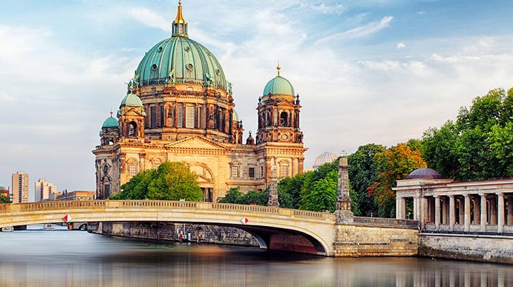 Berlin-Cathedral-Berliner-Dom-crop